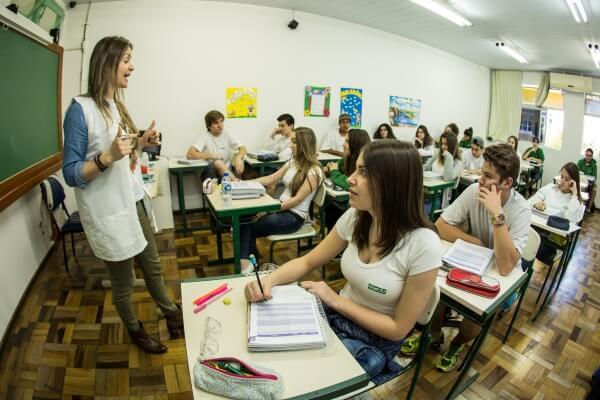 sala-aula-colegio-geracao-3